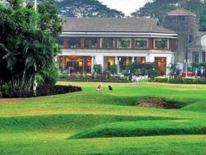 Country Club in Mumbai